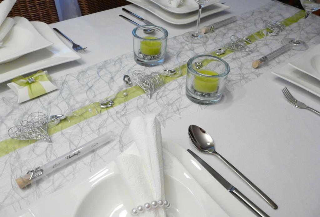 Tischdeko winter grün  Mustertische Silberhochzeit. Gastgeschenke. Tischdeko-online