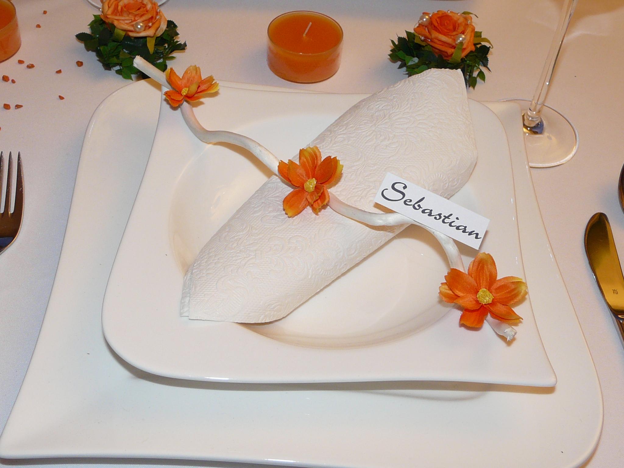 Mustertische In Orange Zur Hochzeit Taufe Oder Kommunion