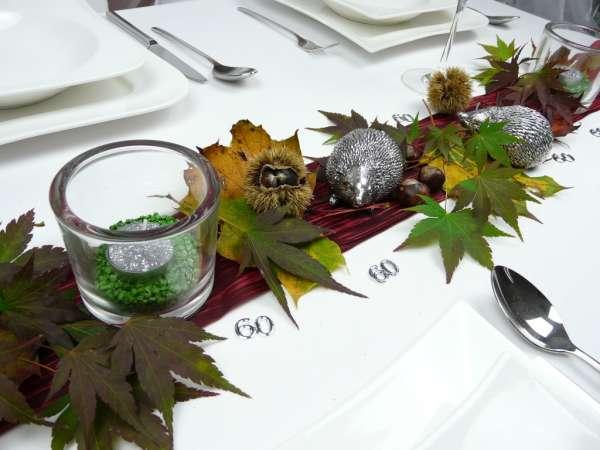 Herbstdeko Ein Silberfarbener Igel Fur Ihre Herbstdekoration