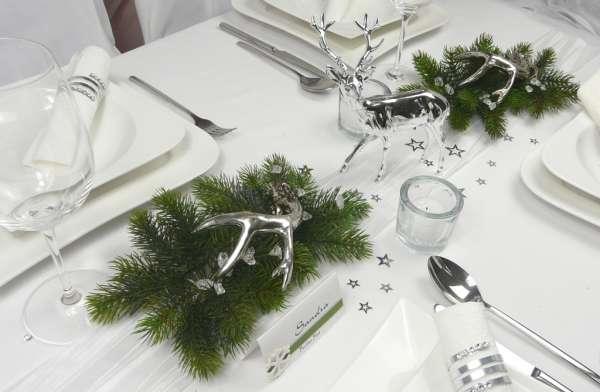 weihnachtsdeko tischdekoration silberfarbener hirsch. Black Bedroom Furniture Sets. Home Design Ideas