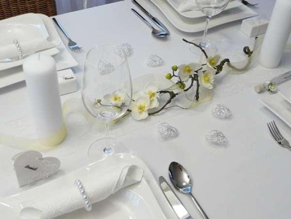 Blumendeko Tischdekoration Kleiner Orchideenzweig