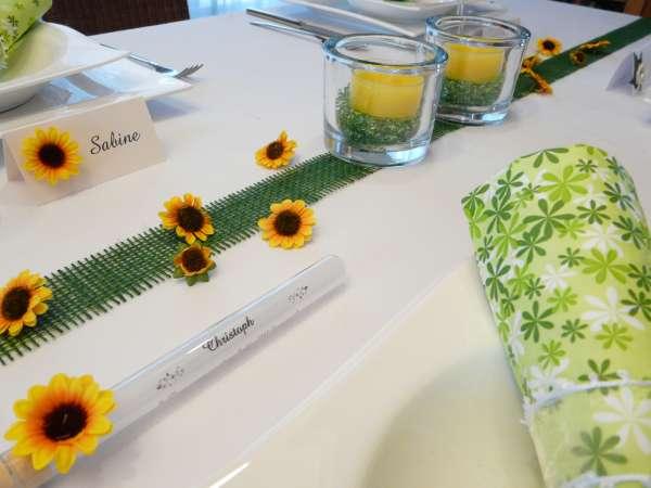Streudeko, Tischdekoration - 12 Sonnenblumen zum Streuen 5
